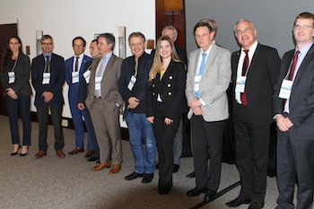 Mayor Crivella and the speakers with representatives from the European Chambers.