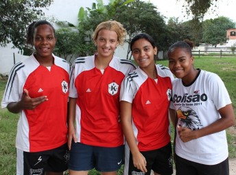 """""""We love to play football and we play out of love. Girl football is love. If not, many of us would have given up a long time ago"""", the girls say. From the right: Debora Oliveira, Yasmim Nogueira, Letícia Rimes and Claudia Ambrósio."""